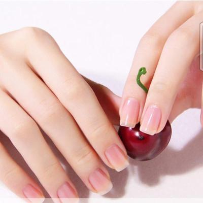 可爱透明指甲图片