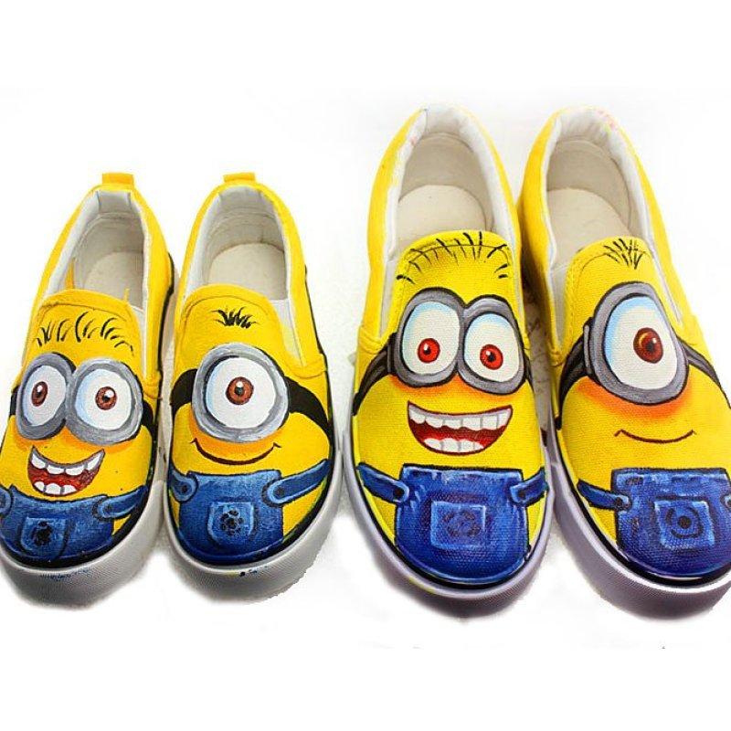 手绘小黄人套脚低帮儿童男童女童帆布鞋子