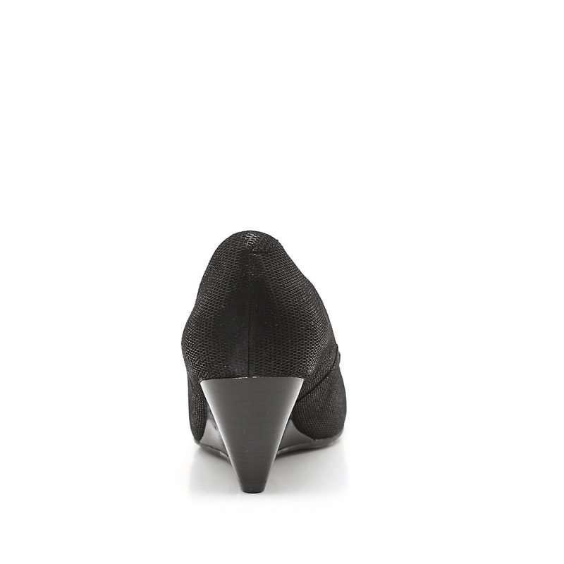 森达秋季黑布羊女单鞋