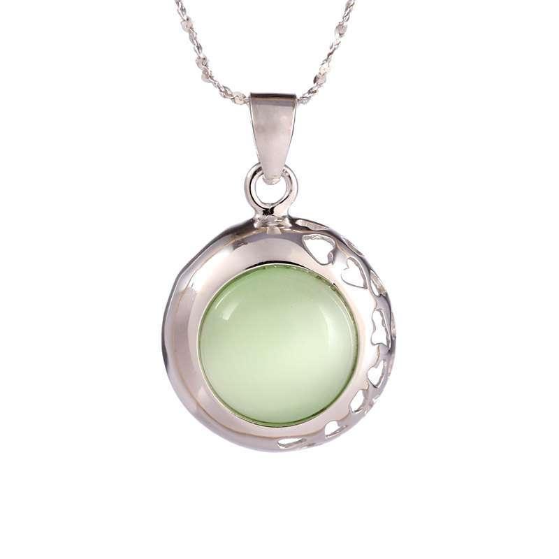 925纯银镀18k金项链 镂空花边镶嵌猫眼石 翠绿色白色 圆形吊坠 银色