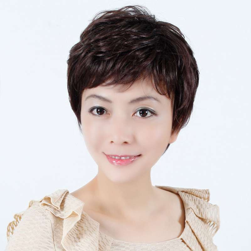 女士短发_40岁女士短发发型图片