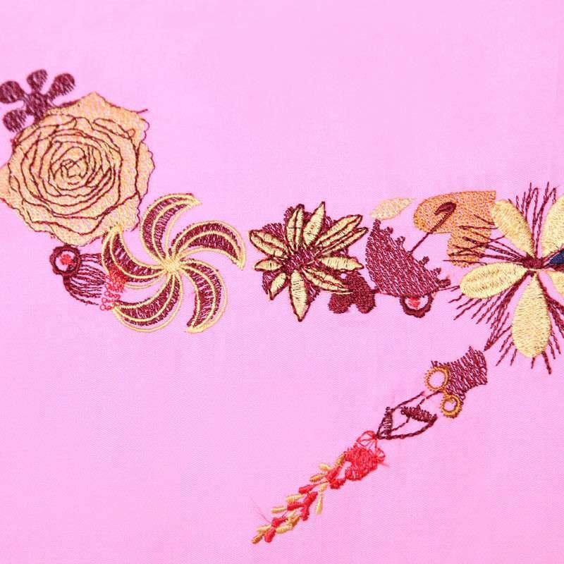 粉色斜纹背景矢量图