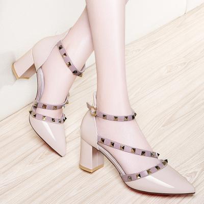 百年紀念Centenary尖頭鉚釘粗跟休閑鞋高跟粗跟羅馬鞋女鞋1437