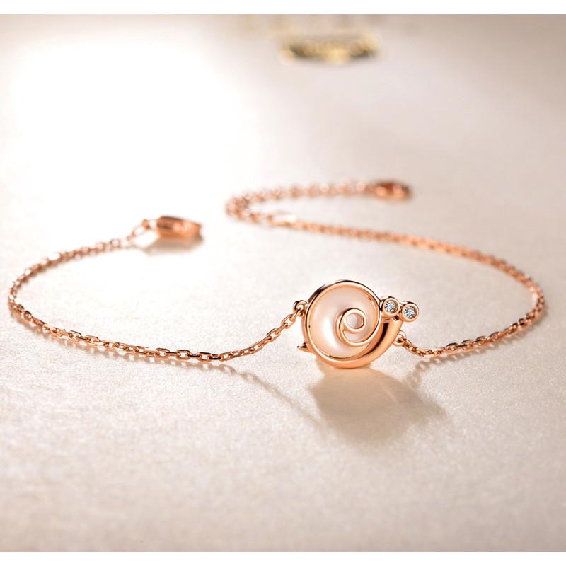 佐卡伊玫瑰18k金钻石手链女时尚新款珠宝首饰送女友礼物蜗牛系列