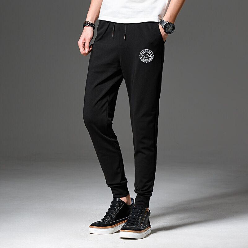 九分黑色小脚裤