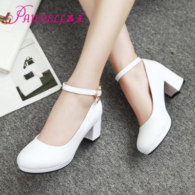 品点新款圆头粗跟单鞋一字扣带简约时尚春夏季女鞋