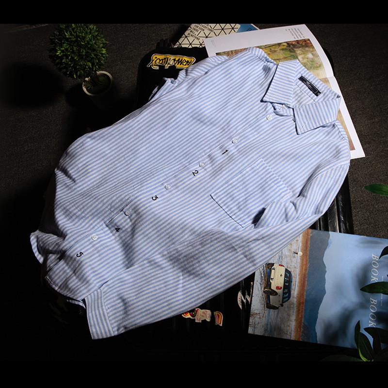 清新细条纹衬衫