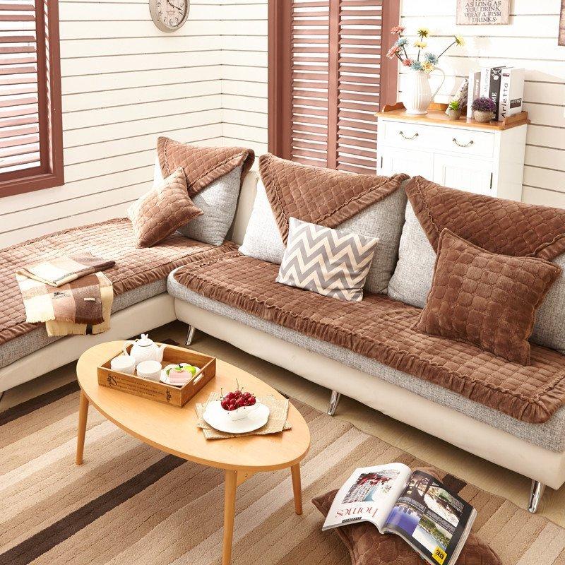 咖啡色 时尚法莱绒沙发垫坐垫抱枕图片