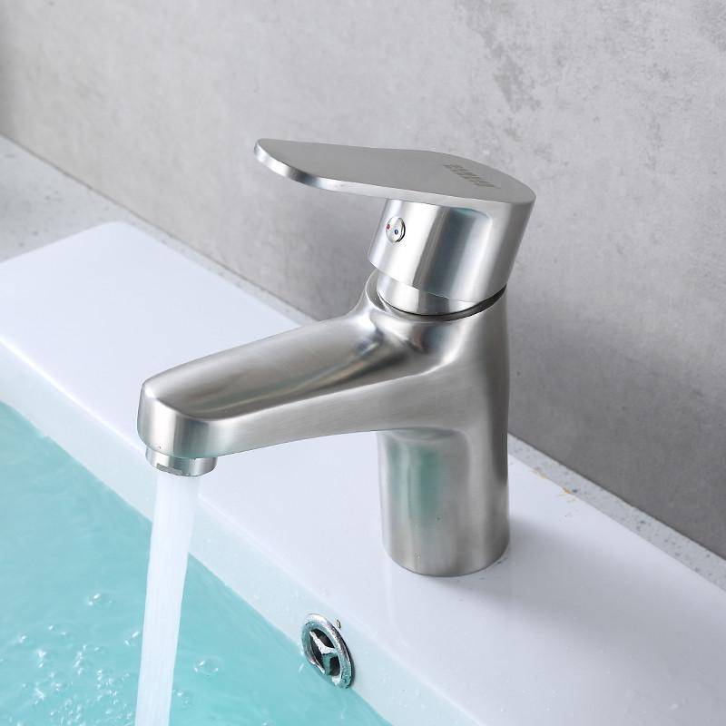 卫生间水龙头出水越来越小,有什么办法恢复吗?图片