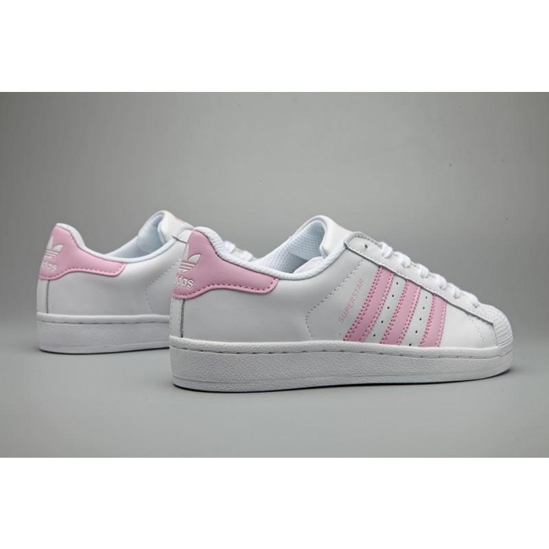 adidas/三叶草superstar贝壳头板鞋樱花粉小白鞋粉尾