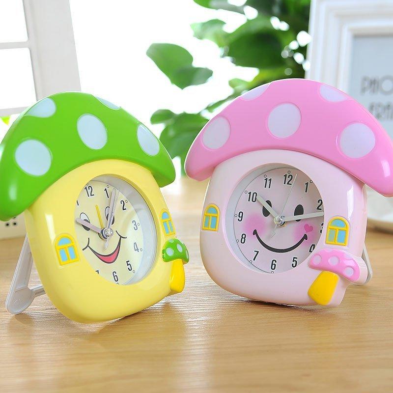 可爱蘑菇造型闹钟 创意趣味笑脸时钟 卡通数字指针钟