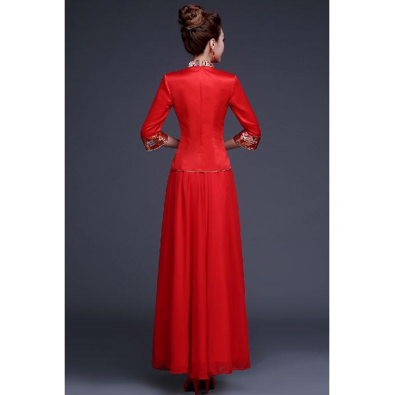 婚礼上要穿件红色旗袍,搭配什么样的耳环首饰比较好看图片