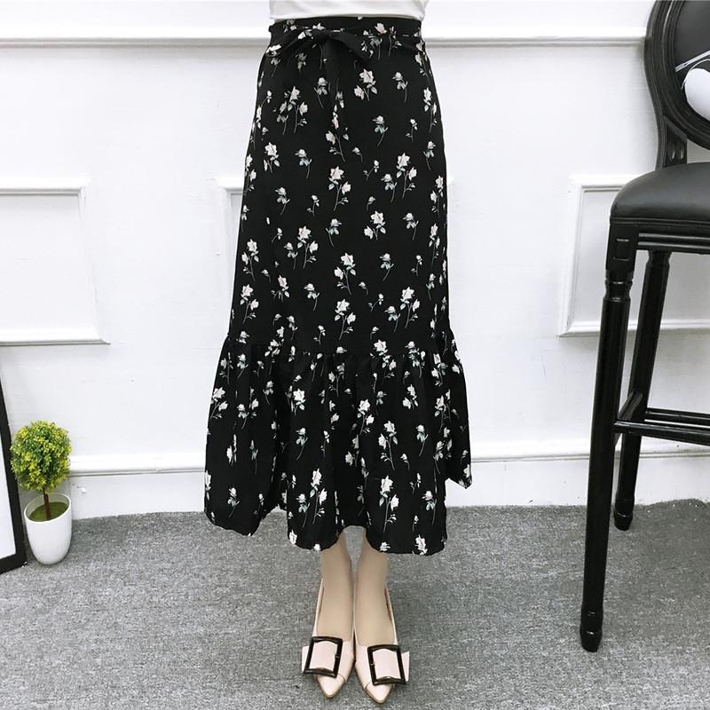 韩雪青青春夏波西米亚度假风高腰一片式系带碎花中长款显瘦半身裙