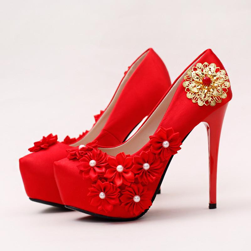 新娘鞋_红色蕾丝花朵细跟新娘鞋高跟防水台珍珠婚鞋绸缎礼服鞋女单鞋秋