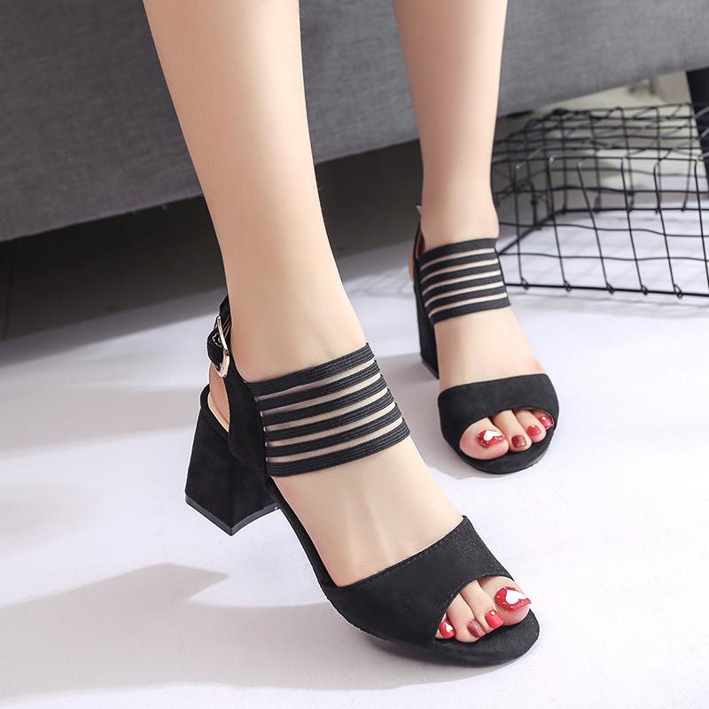 罗马鞋粗跟