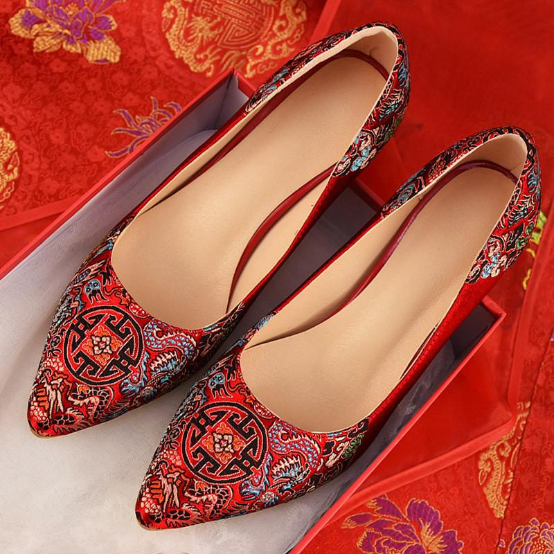 新娘鞋_中式结婚鞋子女士婚礼鞋平底孕妇红色敬酒红鞋高跟绣花秀禾新娘鞋