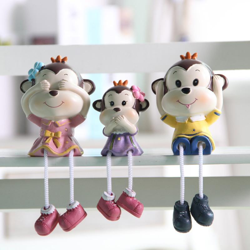 创意可爱小猴子酒柜家居装饰品摆件客厅电表箱电视柜卧室吊脚娃娃
