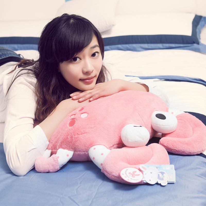 大闸蟹螃蟹睡觉抱枕公仔午睡枕头毛绒玩具女生卡通长抱枕可爱萌女