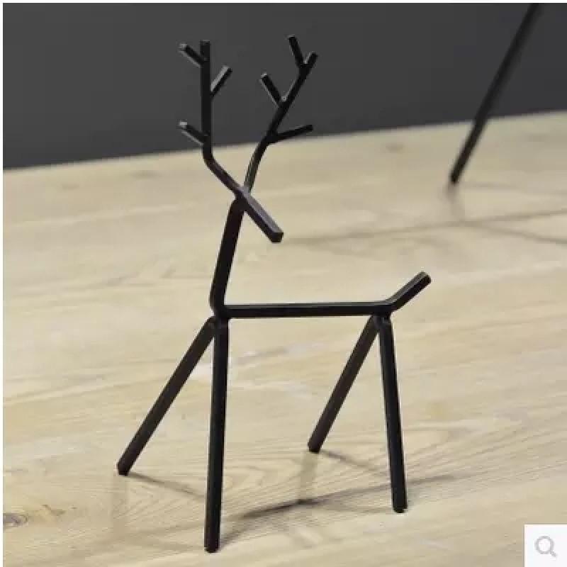 新款2018现代高档铁艺摆件创意几何铁艺动物工艺品黑色鹿家居装饰生财