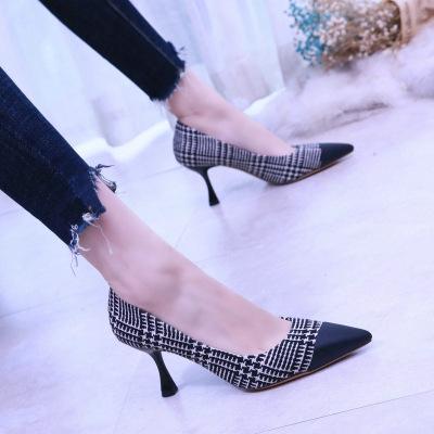 歐洲站細跟優雅女鞋尖頭拼色時尚春季單鞋絨面酒杯跟淺口高跟鞋