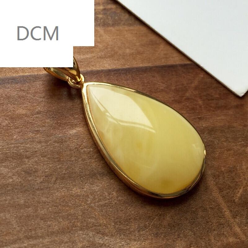 dcm-蜜蜡吊坠鸡油黄蜜蜡镶嵌电镀黄金乌克兰琥珀