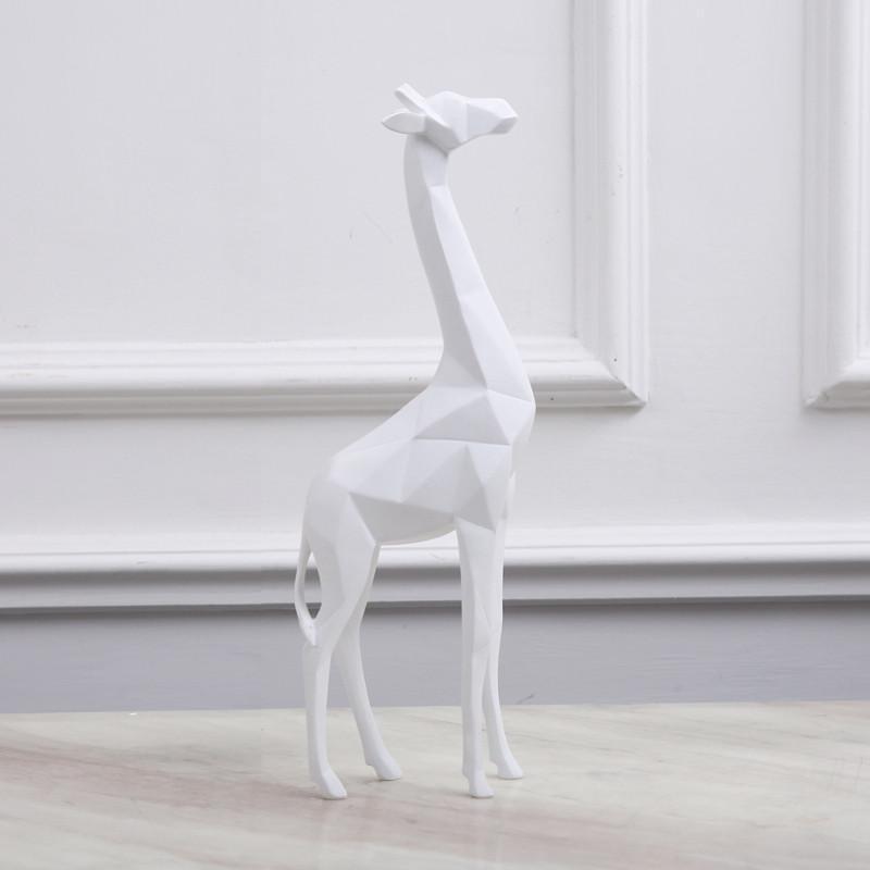现代北欧样板房间客厅书房动物摆件几何黑白长颈鹿工艺品