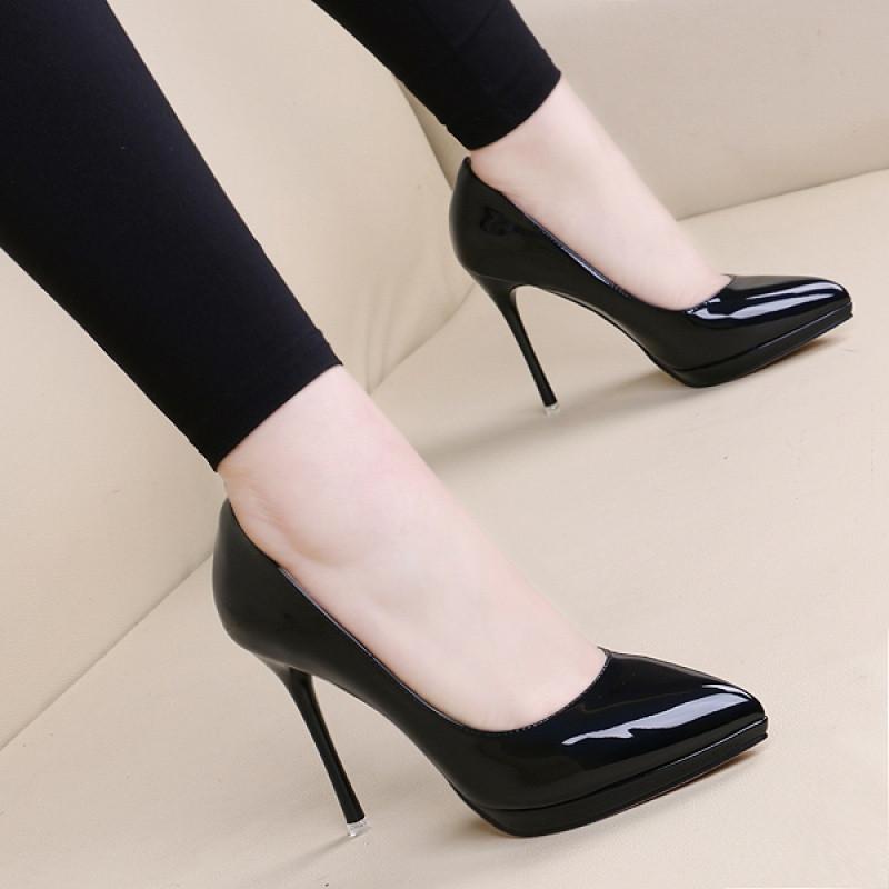 2017欧美新款黑色细跟漆皮高跟鞋浅口单鞋职业尖头防水台高跟女鞋