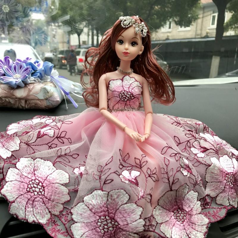 汽车内饰品摆件车载创意可爱公主婚纱娃娃车上装饰用品女