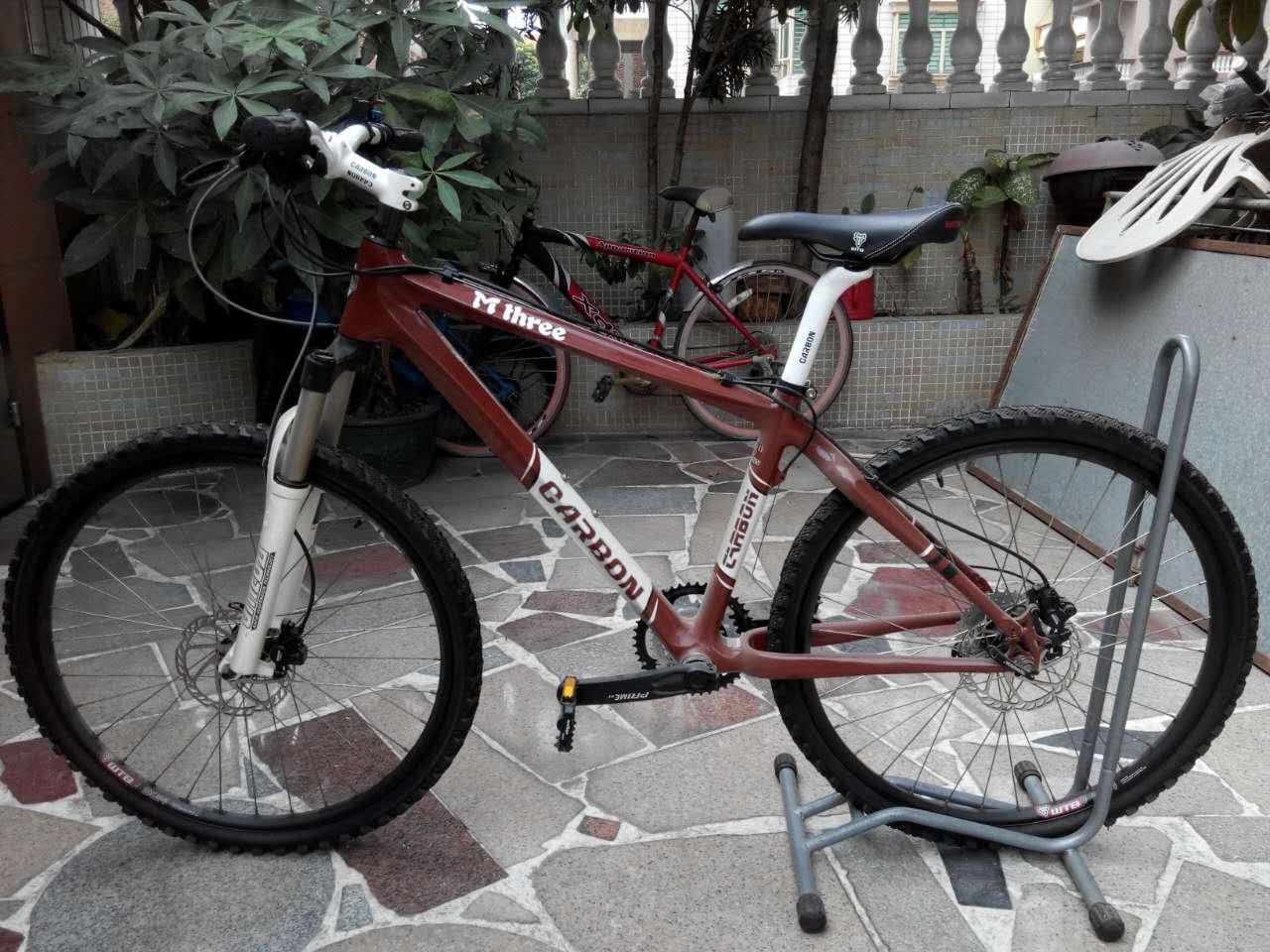 自行车 转让碳纤维山地车