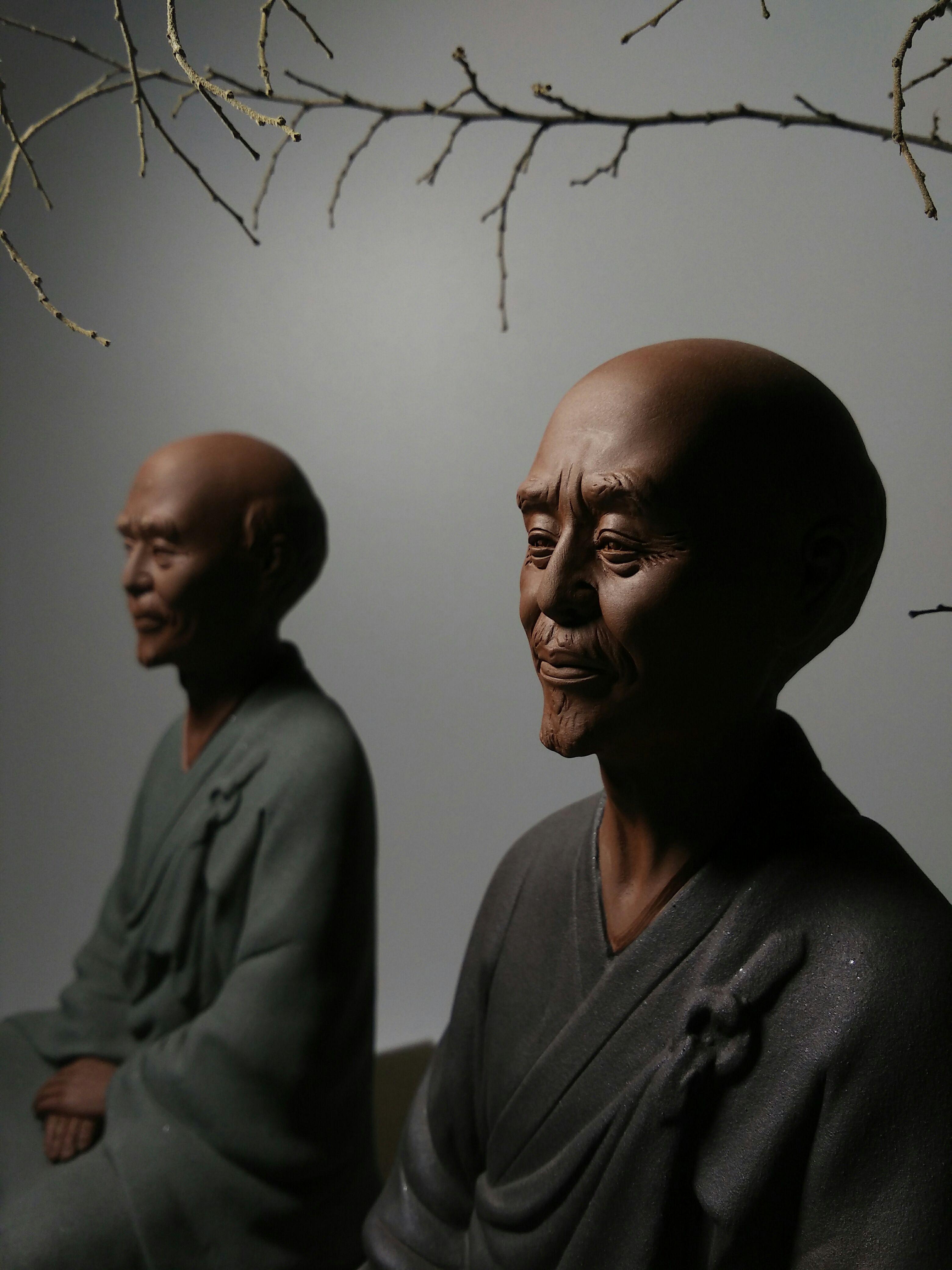 陶瓷艺术品弘一法师人物雕塑禅意风格